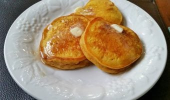 Light and Fluffy Pumpkin Spice Pancakes