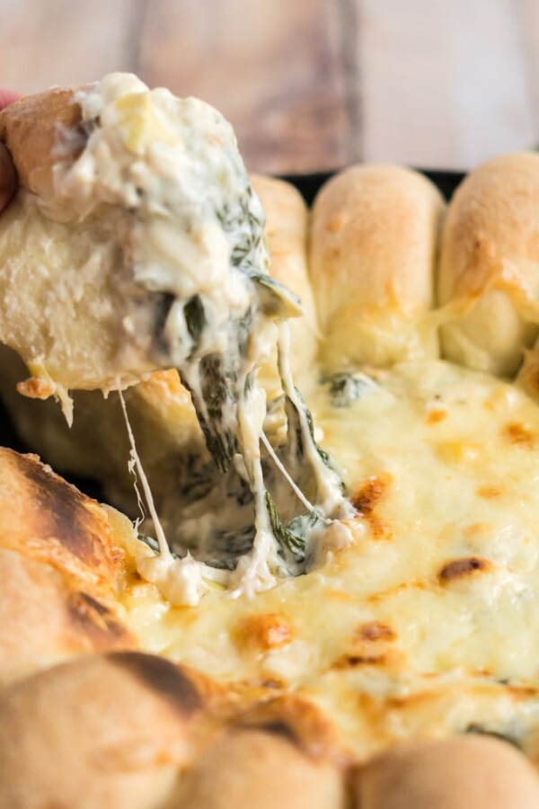 hot artichoke spinach dip with cheese pull
