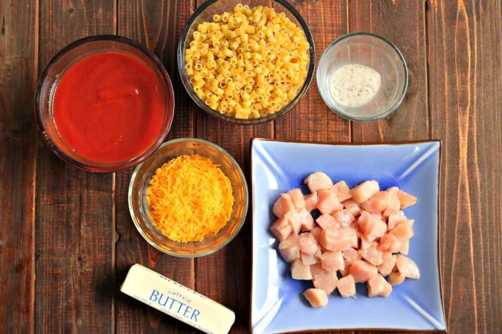 ingredients in tomato pasta