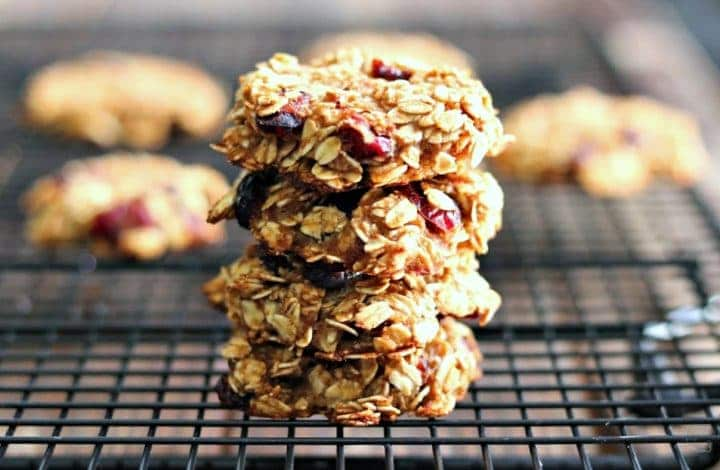 Healthy Cranberry Oatmeal Breakfast Cookies (with Video!)