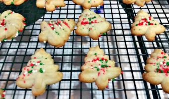Easy Christmas Spritz Cookies