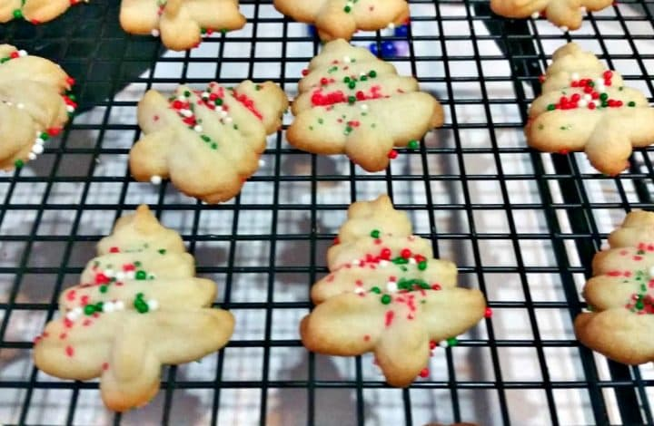 Easy Christmas Spritz Cookies