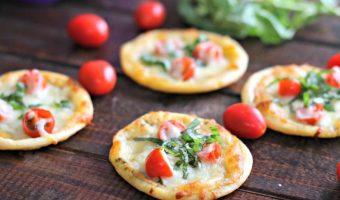 Tomato Basil Pizza Bites (Gluten Free)