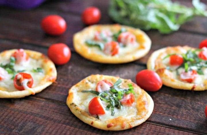 Tomato Basil Pizza Bites (Gluten Free) + GIVEAWAY!