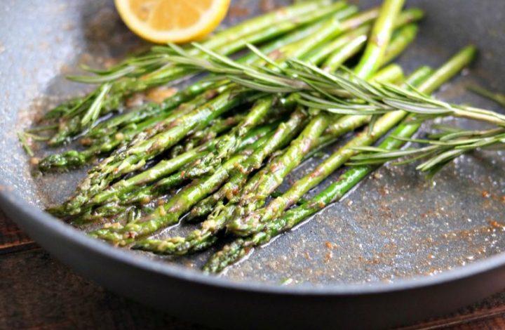 Skillet Roasted Asparagus with Garlic, Rosemary & Lemon