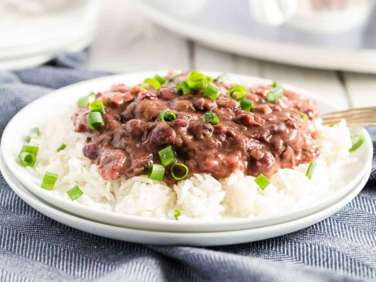 slow cooker red beans and rice on rice - plated