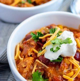 instant pot chicken chili in white bowls
