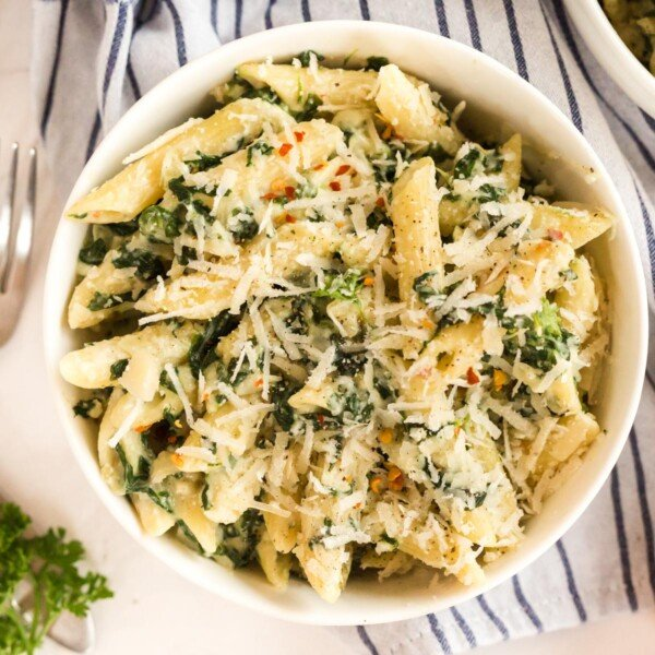 florentine pasta in a white bowl