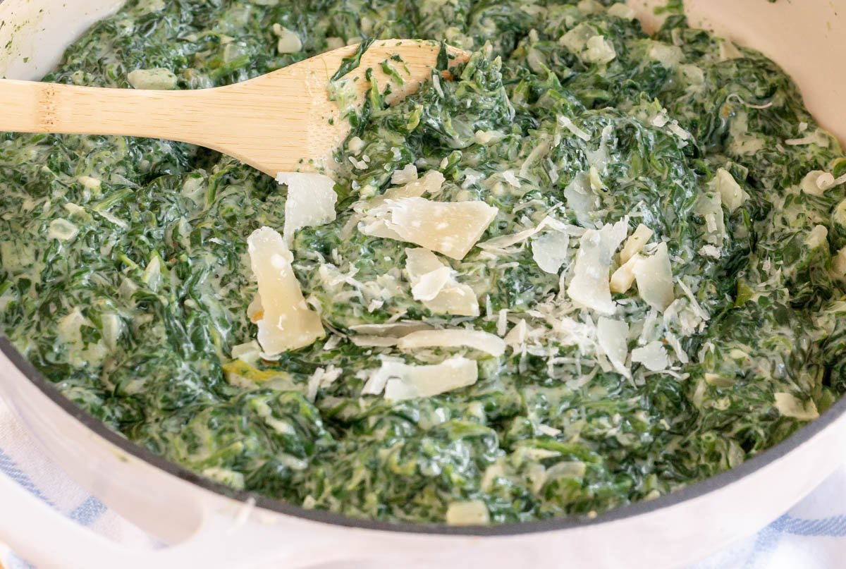 creamed spinach in a dutch oven