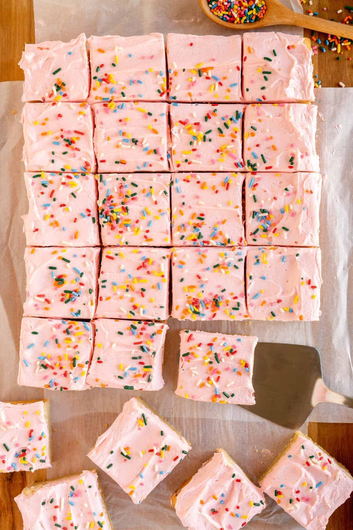 cutting cookie bars into squares